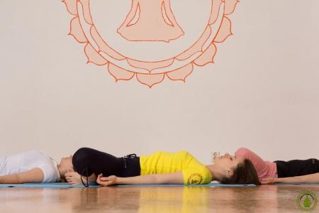 Yoga Charlottenburg Berlin - Supta Baddha Konasana